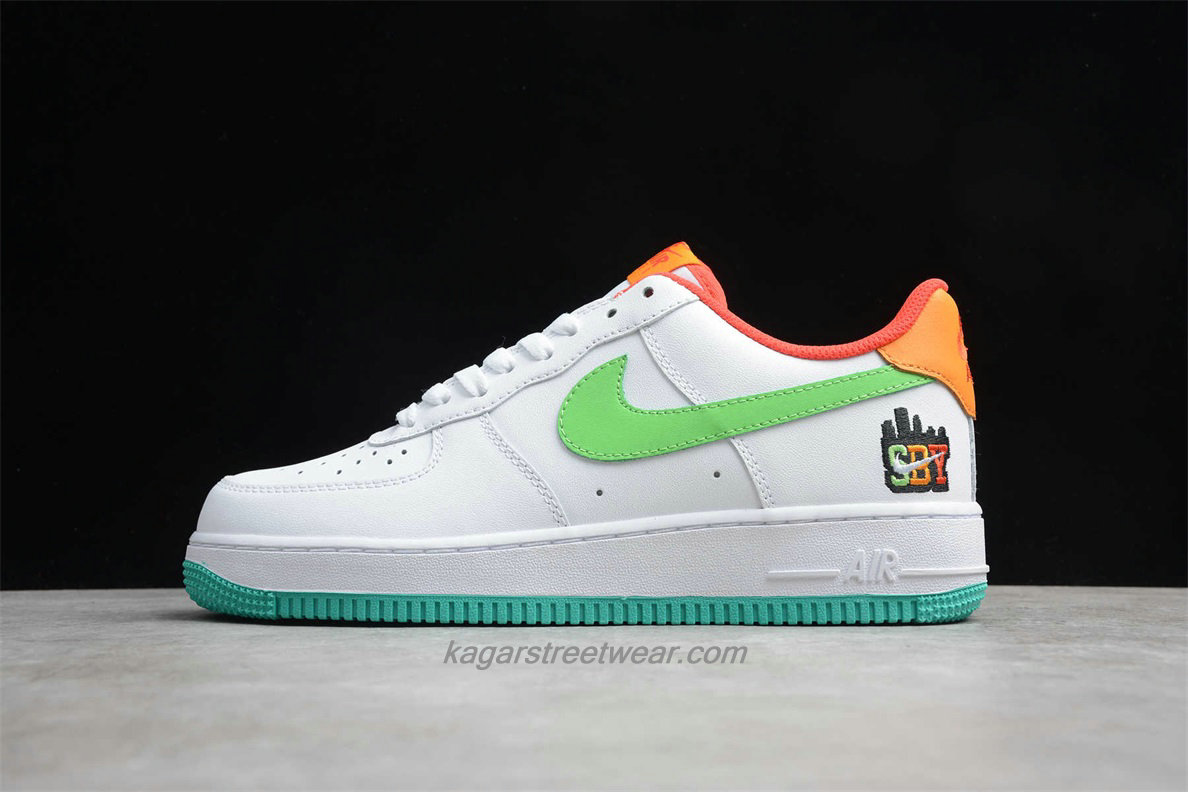 Chaussures Nike Air Force 1 Low 07 LE C07506 146 Blanc / Verte / Orange