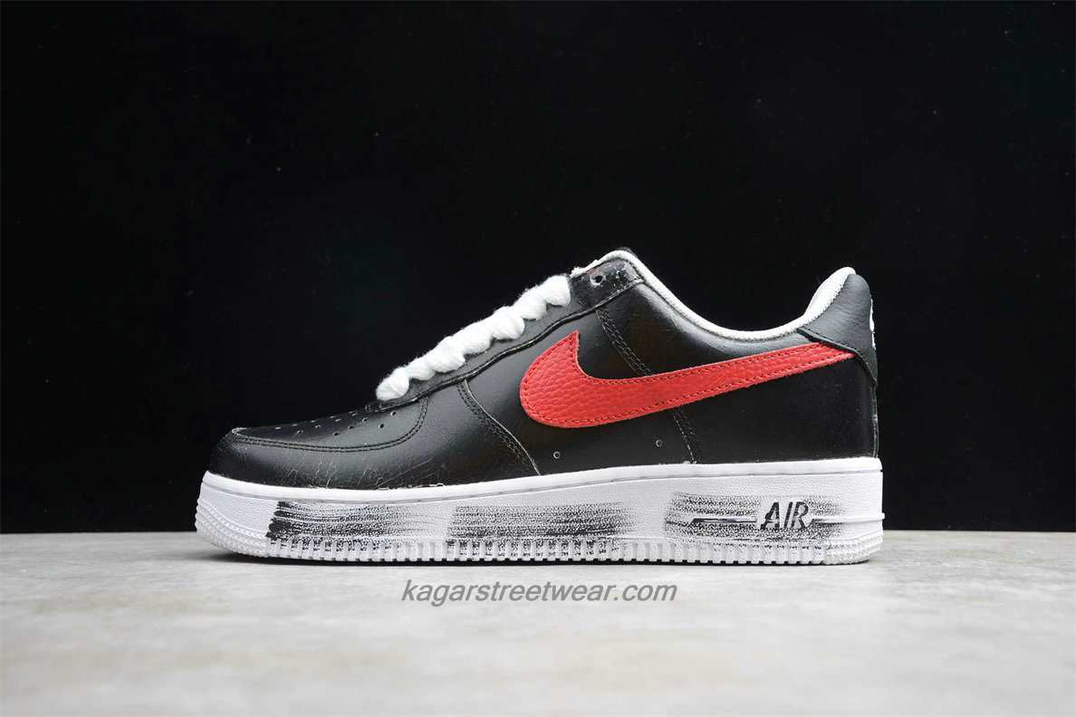 Chaussures Nike Air Force 1 07 Low PARA NOISE AQ3692 002 Noir / Blanc / Rouge