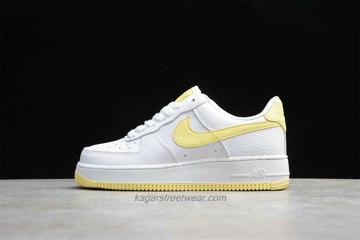 Chaussures Nike Air Force 1 Low 07 AH0287 106 Femmes Blanc / Jaune
